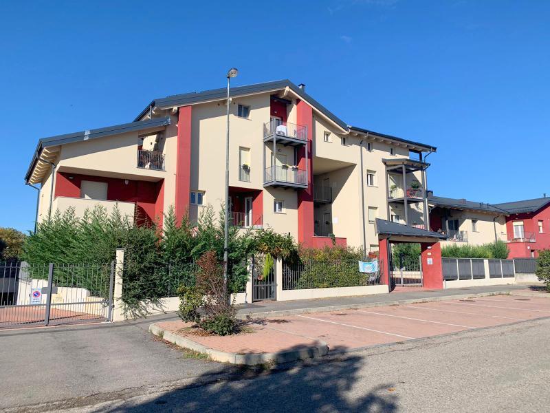 Chieri, Biscaretti, Piazza Ghirardi